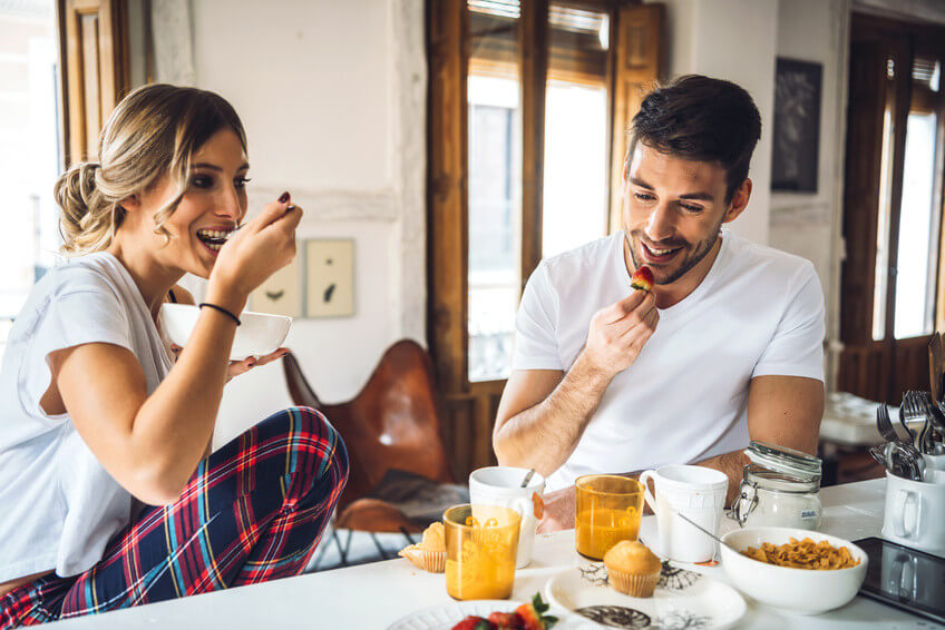 Le petit déjeuner est-il vraiment un repas incontournable?