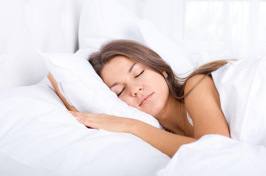 Qui dort dîne ? Mieux manger pour bien dormir, les grands principes