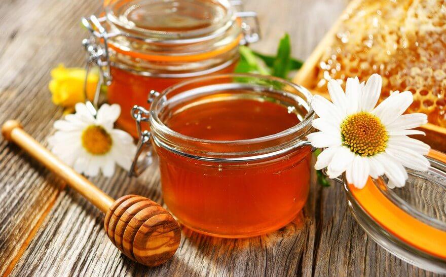 Conseil de Bastien : 3 bienfaits d'une cure hivernale de miel
