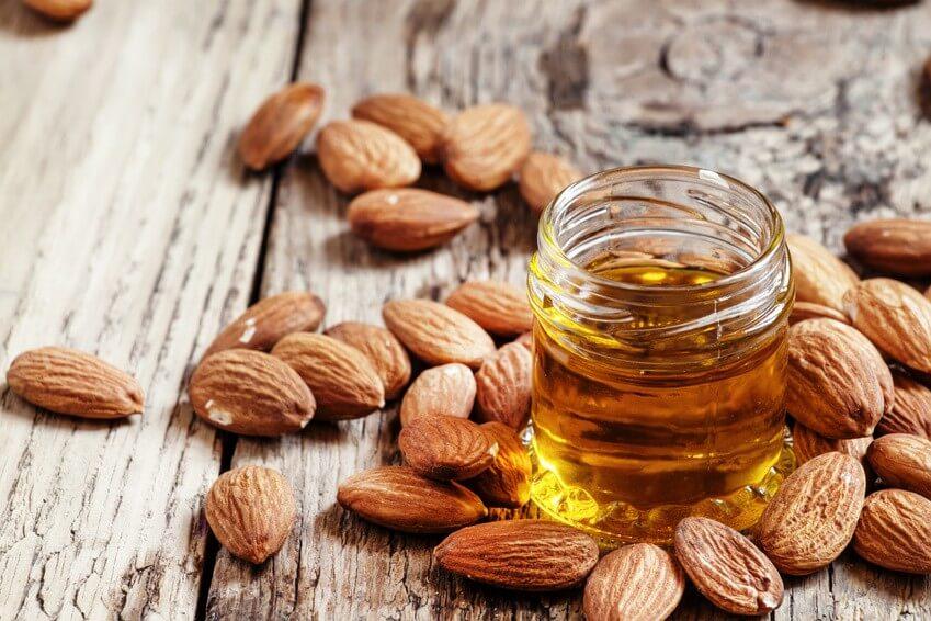 Connaissez-vous tous les bienfaits de l'huile d'amande douce?