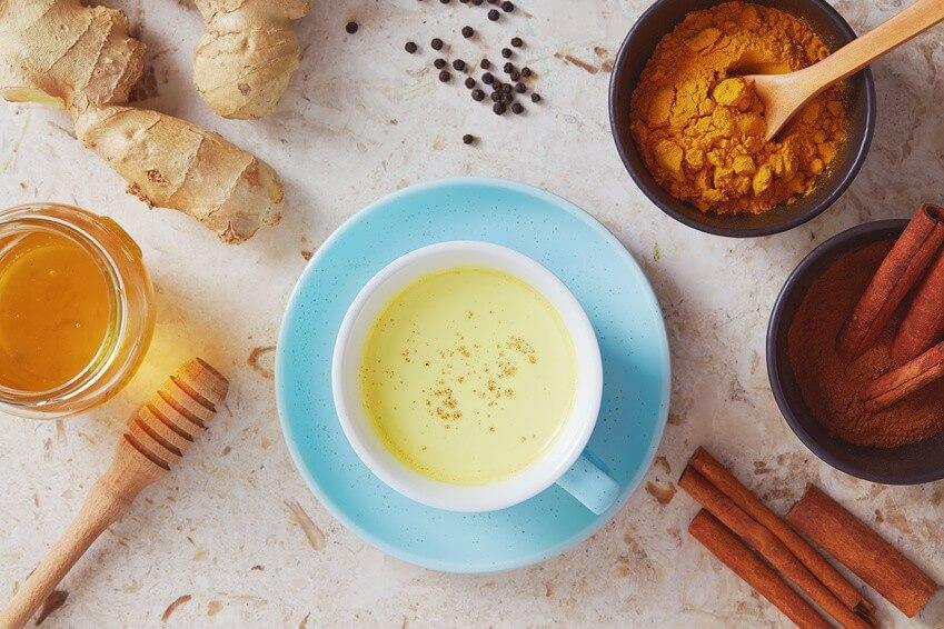Golden milk : la plus healthy de toutes les boissons!