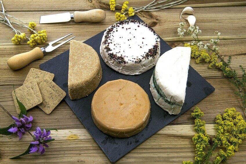 Conseil de Bastien : Mon top 3 de fromages végétaux maison