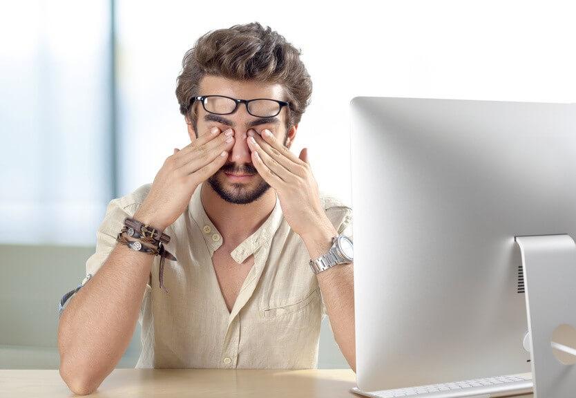 Santé des yeux et travail sur ordinateur, comment bien les reposer ?