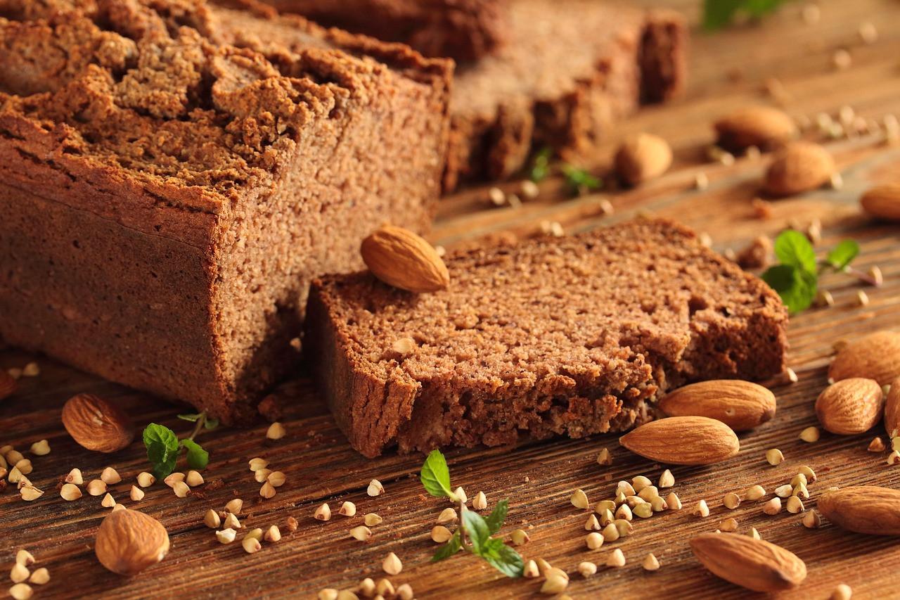Conseil de Bastien : Mon bon pain cru aux graines germées