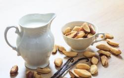 Recette de lait de noix du Brésil à l'extracteur de jus Hurom HG